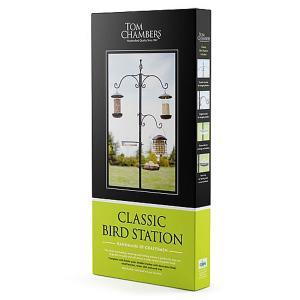 Classic Bird Feeding Station