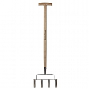 Kent & Stowe Stainless Steel 4 Prong Lawn Aerator