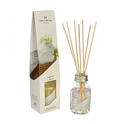 Wax Lyrical Made In England Fresh Linen Reed Diffuser 100ml