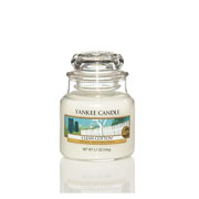 Yankee Candle Clean Cotton Small Jar Candle
