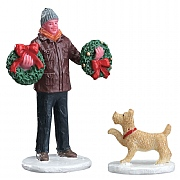 Lemax Tree Lot Figure Set of 2